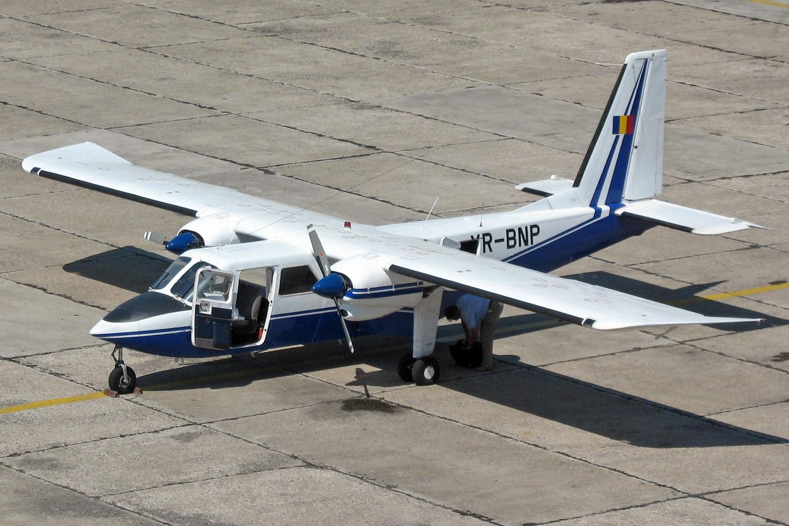 YR BNP Britten-Norman BN-2 Islander
